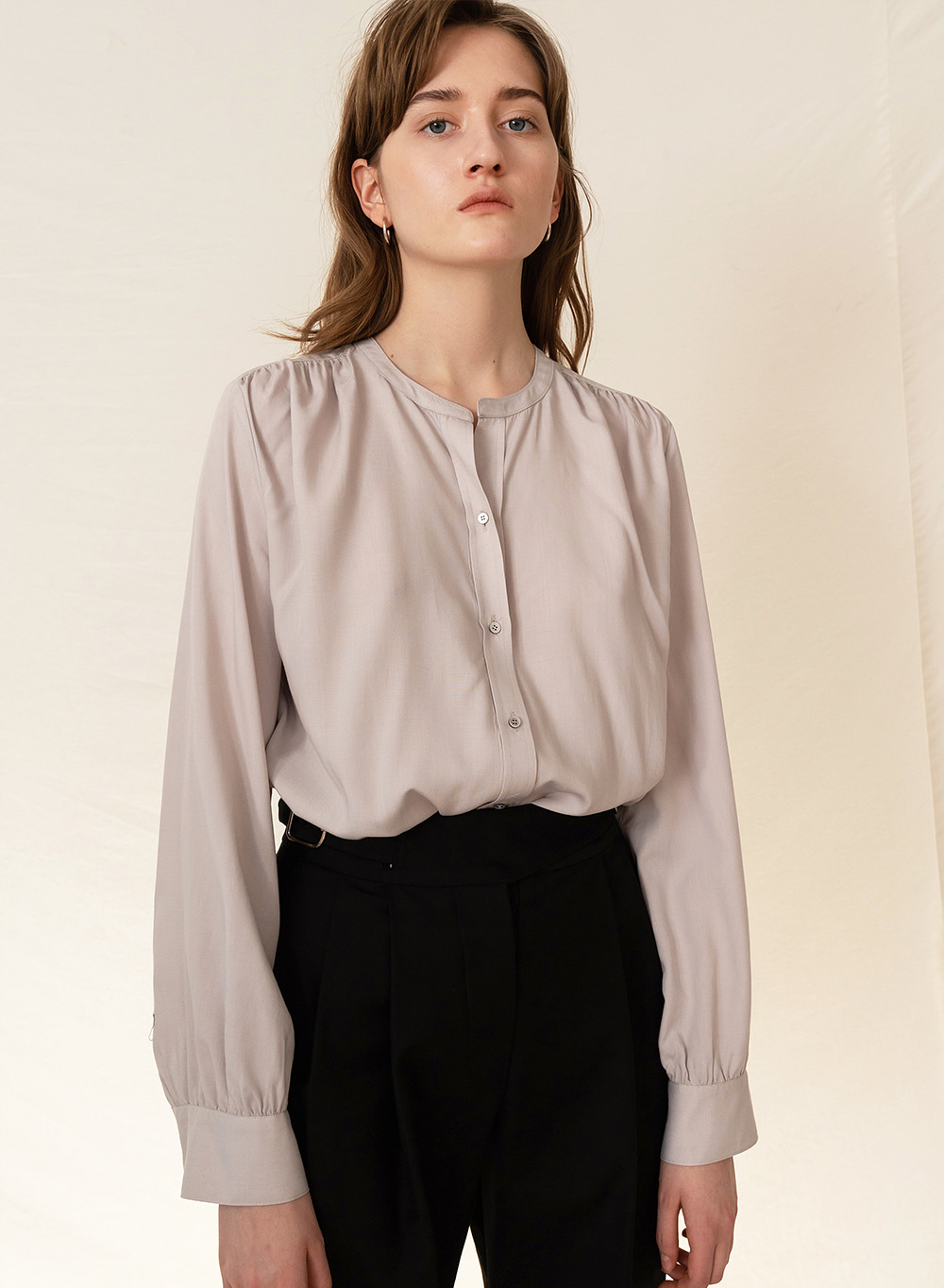 FW19 Shirring blouse gray
