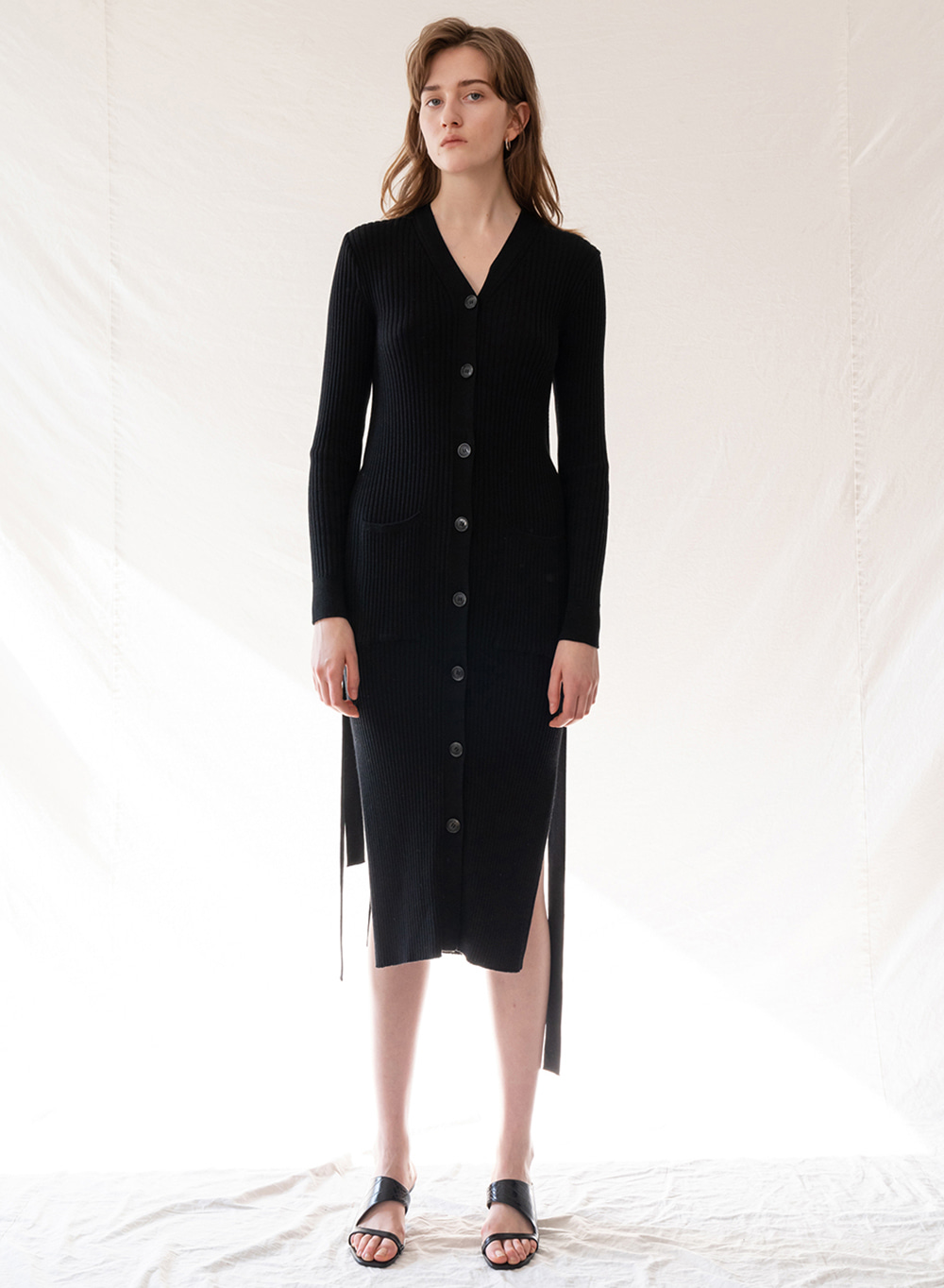 FW19 Side Slit Knitted Dress Black