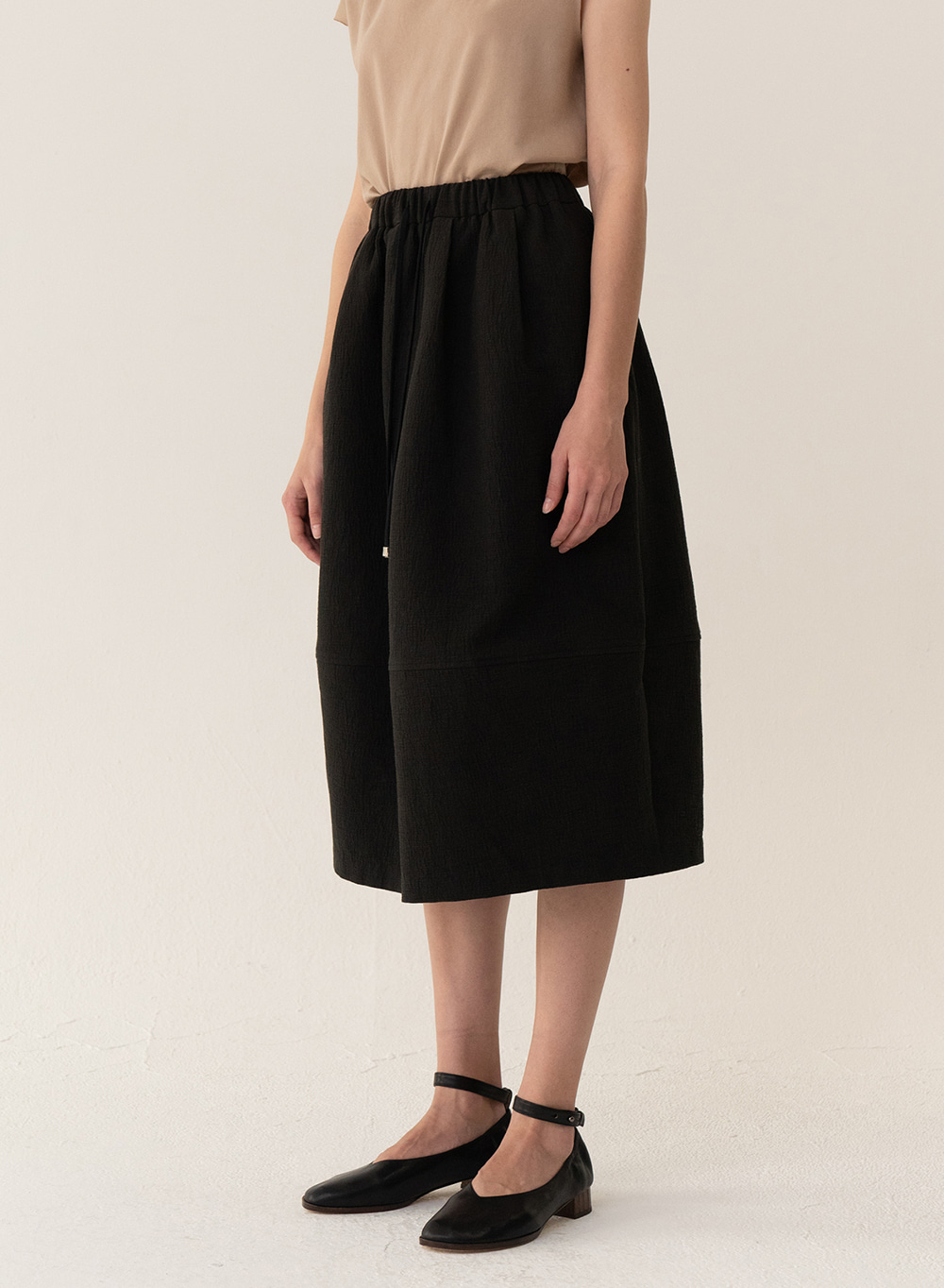 [ESSENTIAL] Baggy Skirt Black