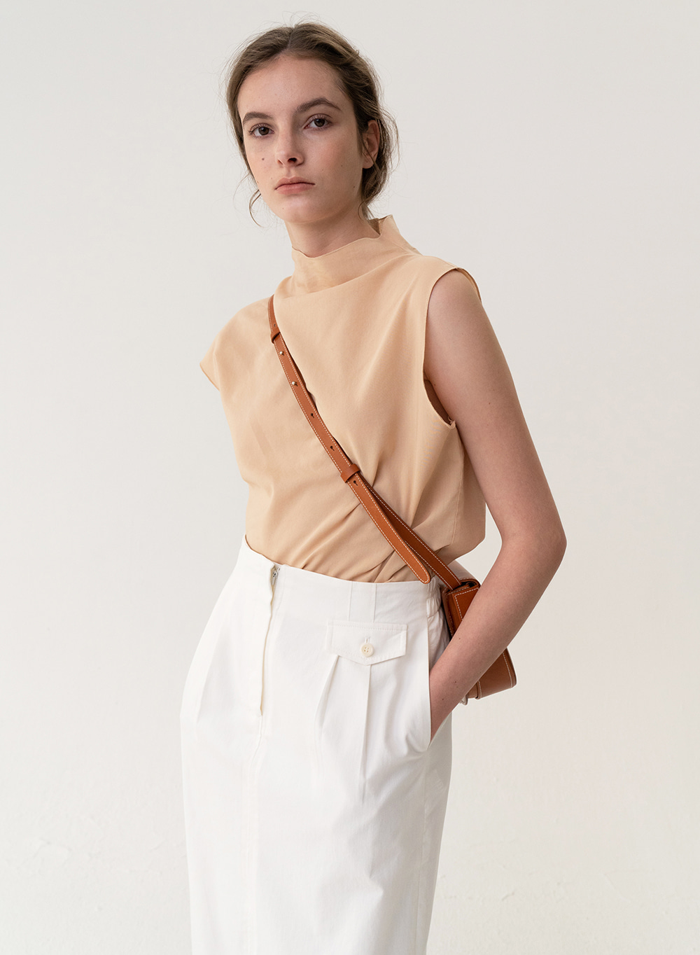 [ESSENTIAL] Asymmetry Top Apricot