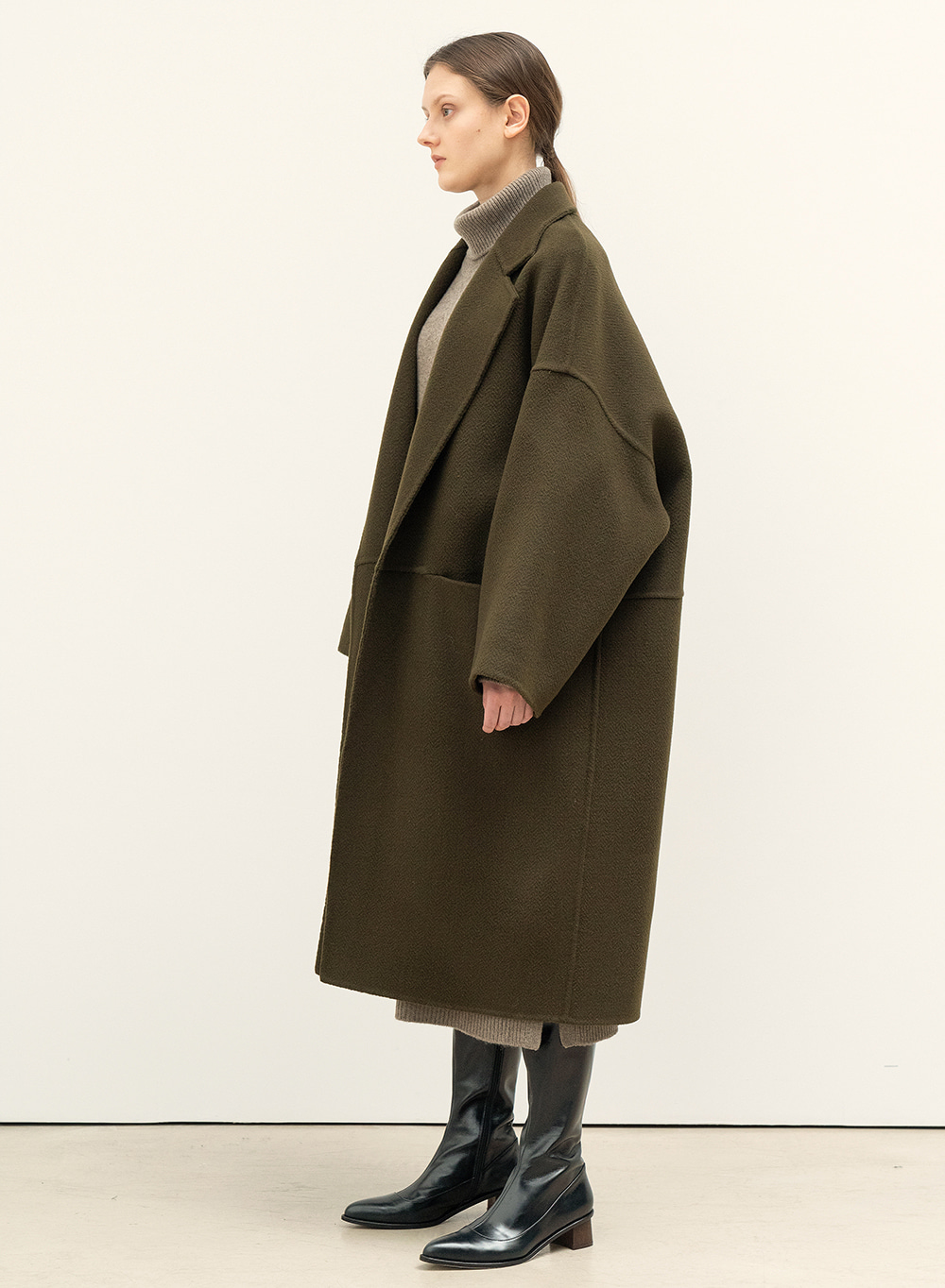FW20 Wide Robe Coat Olive