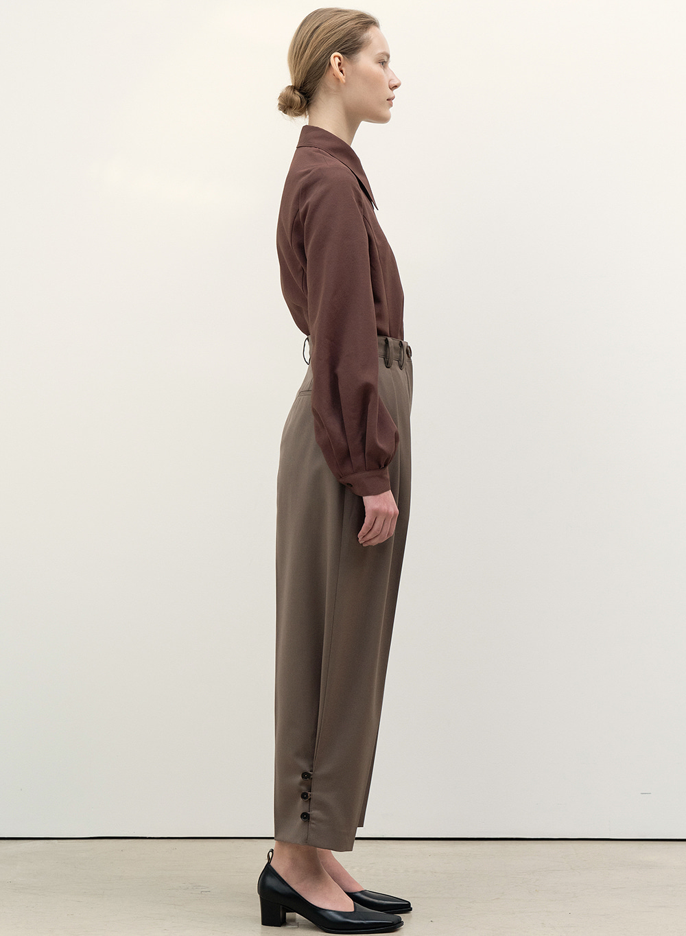 FW20 Rounded Pleats Pants Wood-Brown